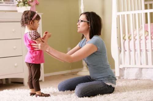Những lỗi bậc phụ huynh mắc phải khi nuôi dạy con